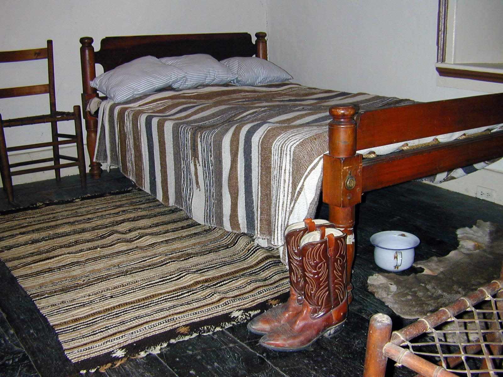 adobe-bedroom-west-side