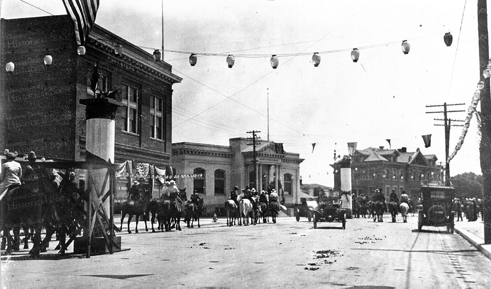 rodeo-parade-library